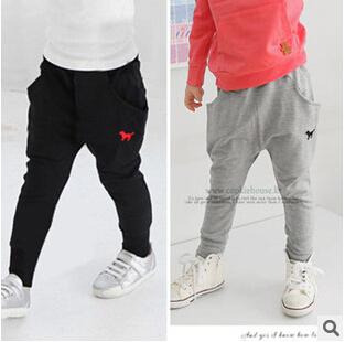 Высококачественный 2015 новая весна осень ребенок брюки детская одежда мальчики девочки свободного покроя штаны детей спортивные брюки шаровары 2 цвета