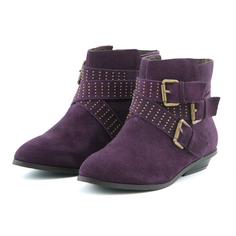 Buy Boots for Women at Macy's! FREE SHIPPING with $99 purchase! Great selection of boots, booties, riding boots, wide calf boots & more styles at Macy's.