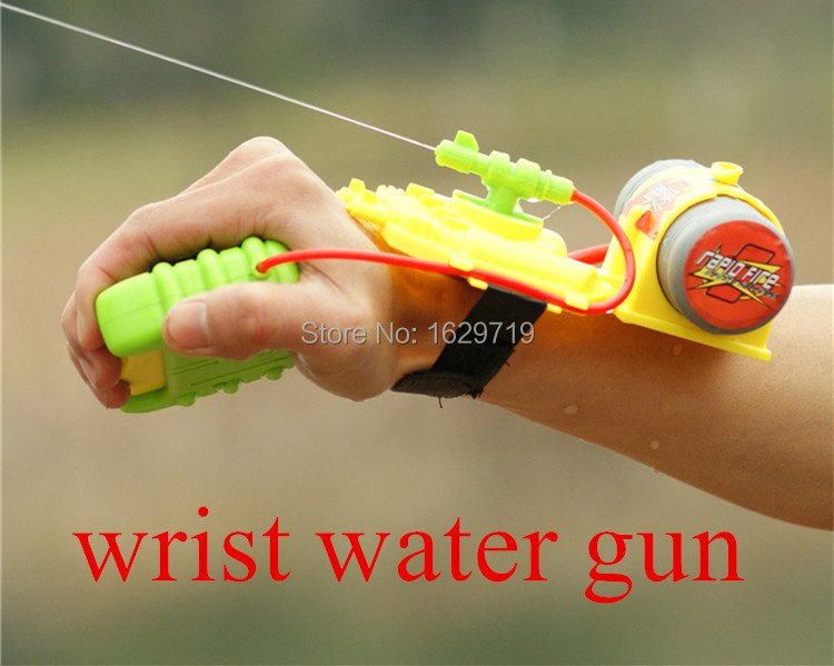 Free Shipping Big Wrist Water Gun Nerf 5M Shooting Distance Plastic Children Best Outdoor Toy Summer Sports Swimming Good Toys(China (Mainland))