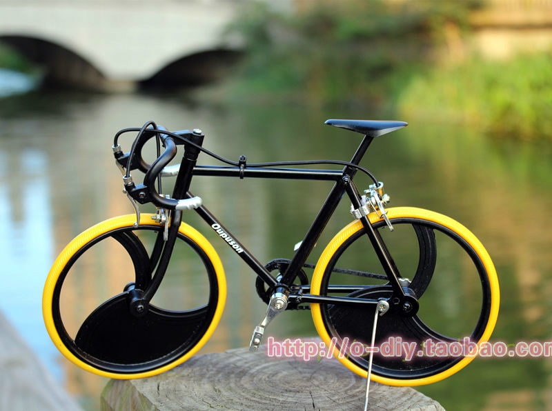 Diy bicyle toy assembling model bicycle model road car bicycle alloy model puzzle new arrival(China (Mainland))