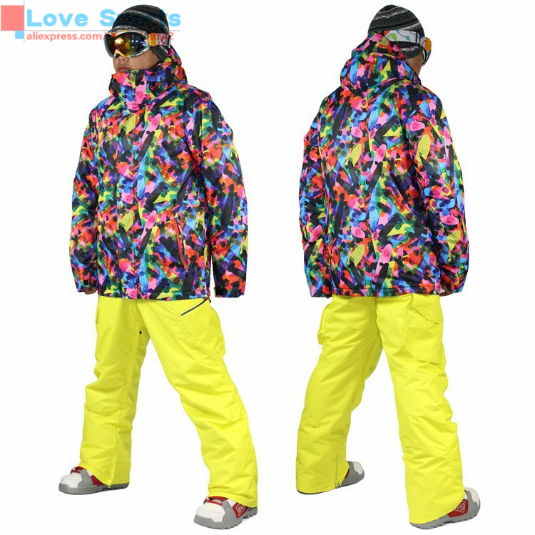 Newest High Quality Waterproof Skiing Clothes Outdoor Jackets Reasonable Price Snowboard Jackets for Men(China (Mainland))