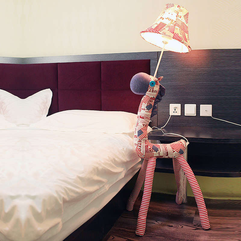 2016 hot cartoon contracted fashion children bedroom lamp The sitting room lamp rural table cloth lamp Chicken floor lamp<br><br>Aliexpress