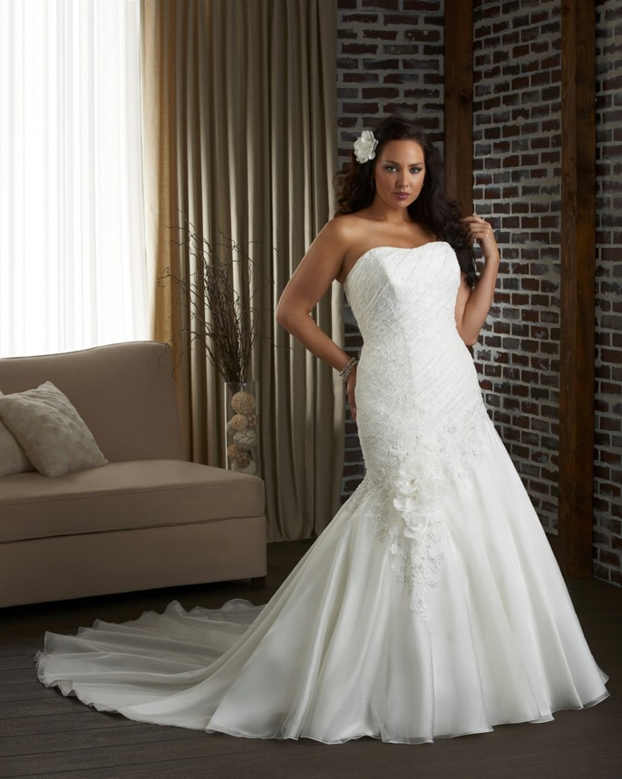 Plus Size Bridal Gowns Nyc : Plus size wedding dresses nyc source jewel lace