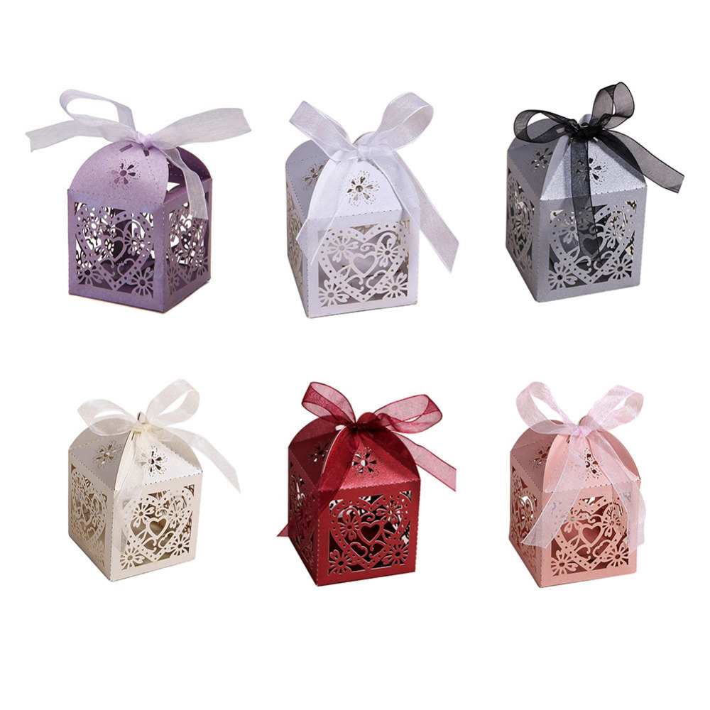 Love Heart Laser Cut Candy Gift Boxes with ribbon Wedding Party Favor box pouch wedding boxes party candy bags wedding favors