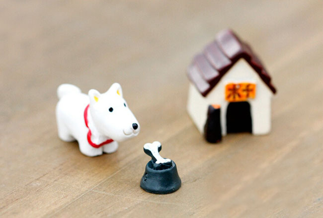 1 conjunto de 3 de cachorro e tigela Super bonito Mini figuras para Dollhouse fada do jardim Ideal figurinhas ZAKKA decoração MOQ $15(China (Mainland))