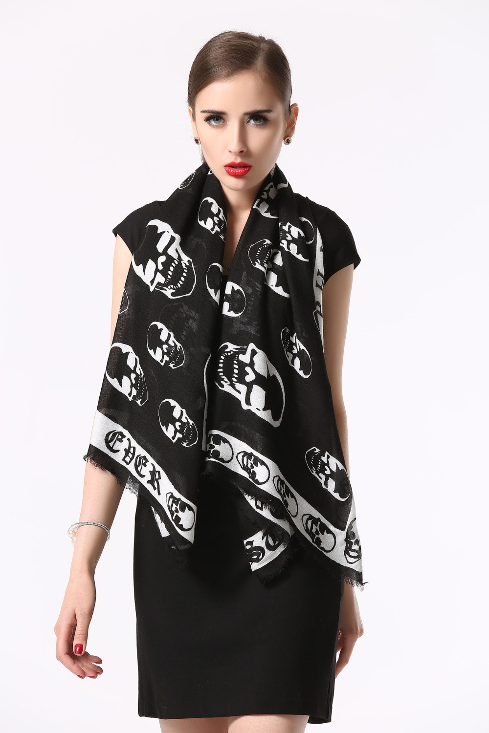 2015 New arrival Fashion Desigual famous brand scarf women black cotton scarves Skull shawl Autumn Winter Wrap Scarf woman(China (Mainland))