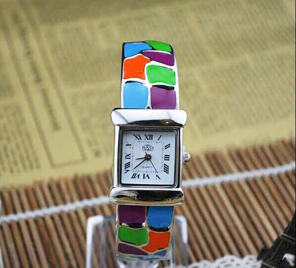 Beautiful Vintage Colorful Enamel Bangle Watch Fashion Women Quartz Full Steel Bracelet Timepiece Luxury Brand Clock Reloj NW402<br><br>Aliexpress