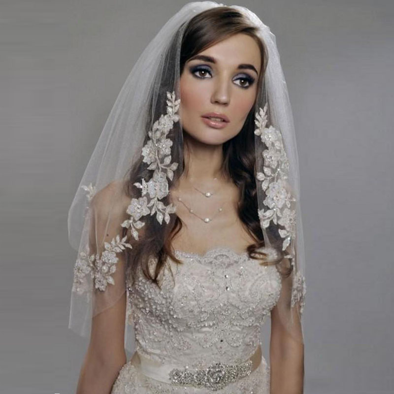 New Design Lace Applique Wedding Veil Elegant Champagne