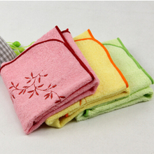 1pcs 33x33cm Baby Face Towel Kids Bamboo Fiber Square Handkerchief Soft Cotton Feeding Burp Cloth Children Bath Towel BY651
