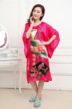 Novelty Green Chinese Women Silk Rayon Robe Loose Lounge Nightgown Kimono Bath Gown Sleepwear Mujer Pajama Plus Size S0109(China (Mainland))