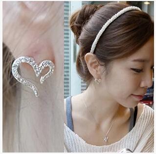 Ea339 2015 Última Moda Coreana Señoras Amor Agujas de Corazón de Diamante de Imitación Pendientes de
