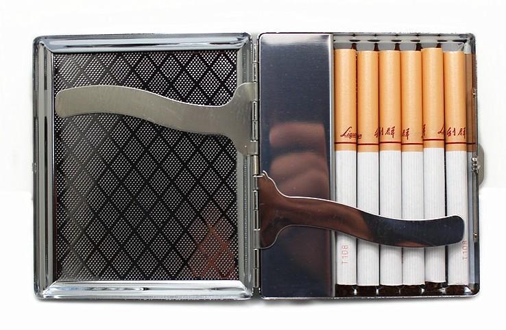 ถูก สูบบุหรี่โลหะกล่องกับUSBชาร์จเบาบุหรี่กรณีเย็นอิเล็กทรอนิกส์เบาW Indproofซิการ์ไฟแช็คsigarettenkoker