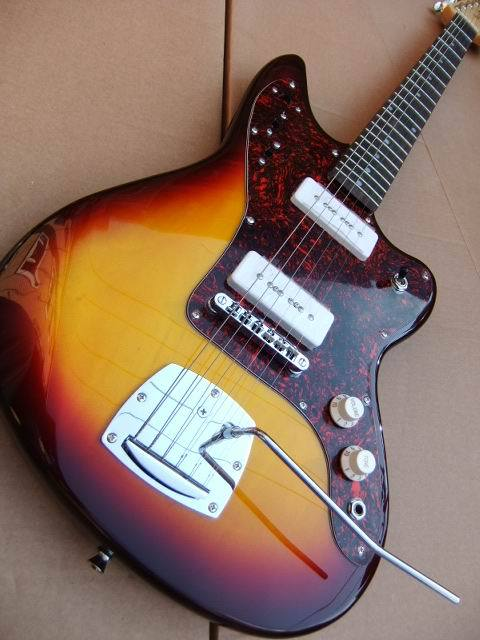 Free Shipping New Arrival Jaguar Model electric guitar with P90 pickups 6 string in sunburst 100828(China (Mainland))