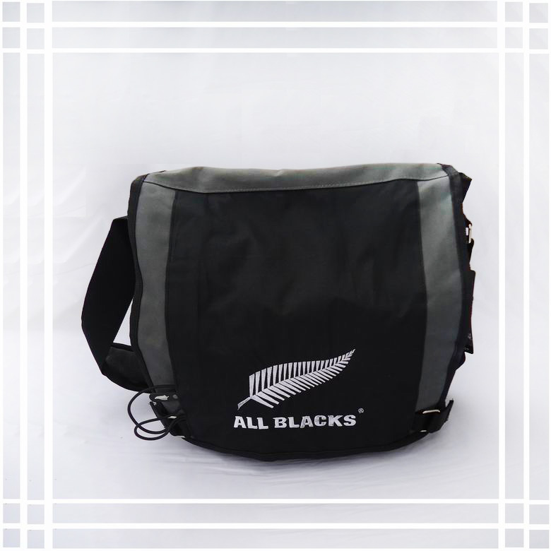 Black Shoulder Bag Nz 31