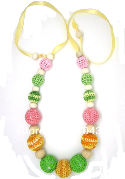 1pc sale Crochet nursing necklace Teething necklace St. patrick's day Spring Green yellow knit ball necklace gift NWr1332(China (Mainland))