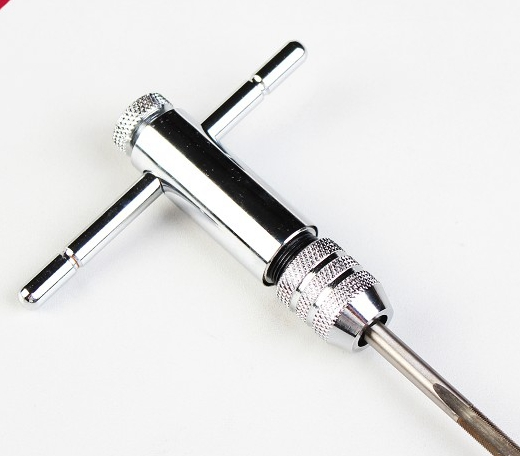 Tapping wrench adjustable ratchet tap wrench Reversible hinge wire tapping hand 8512(China (Mainland))