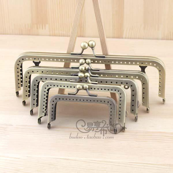 China Factory Supplier DIY Accessories Bamboo Wooden Plastic Purse Frame Five Sizes Antique Brass Color Sewing Metal Bag Hanger(Hong Kong)