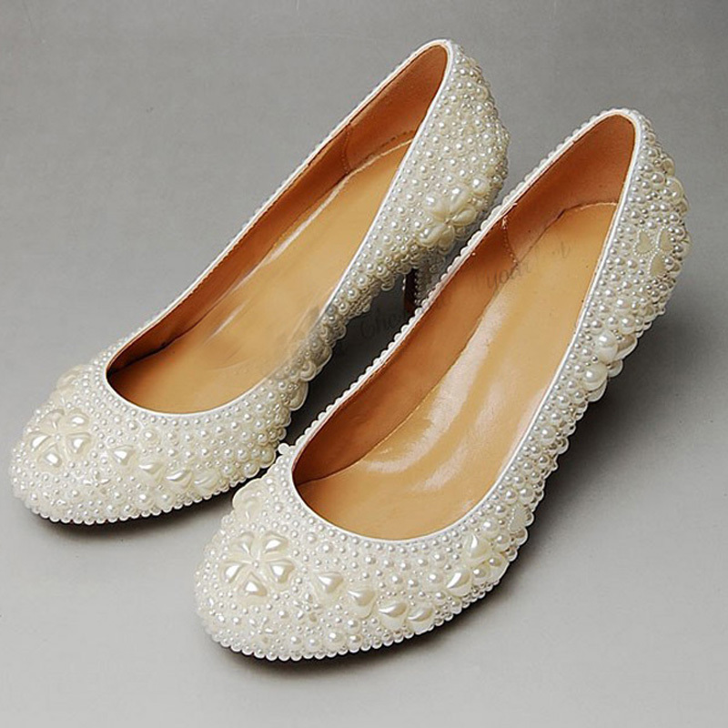 2014 Attractive Round Toe Full Pearl Bridal Wedding Dress Shoes Comfortable Middle Heel Shoes for Bride Anniversary Party Shoes<br><br>Aliexpress