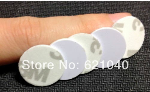 Free shipping 125Khz smart tags/RFID label PVC with 3M glue 20mm with T5557/5567 100pcs/a lot(China (Mainland))