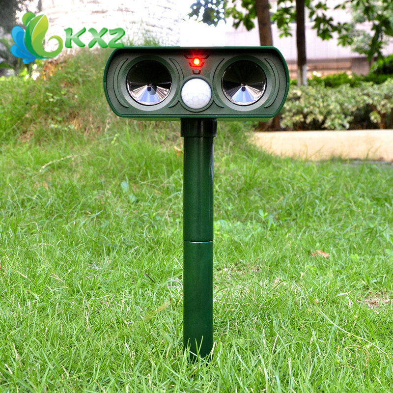 Solar Charging Ultra Sonic Garden Pest Repeller Cat Dog Fox Animal Deterrent(China (Mainland))