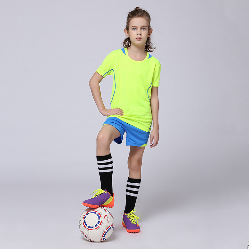 2017 Boys Blank Soccer Sets Tracksuits Girls Custom Survetement Football Team Jerseys Youth Kids Sports Training Uniforms Suits(China (Mainland))