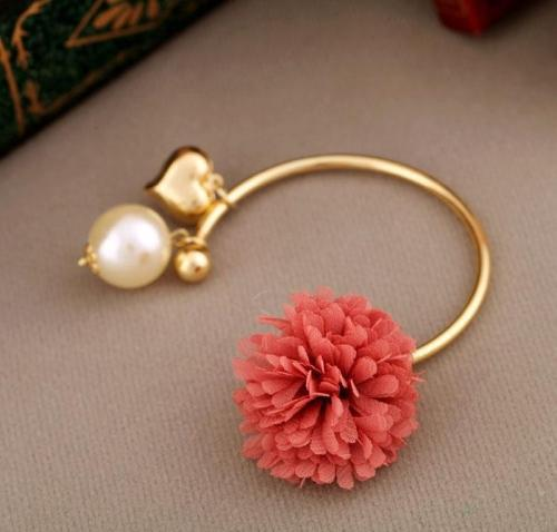 Elegant Chiffon Pearl Bangles Fashion Fairy Chiffon+Pearls+Heart Alloy Charms Bracelets&Bangles for Women(China (Mainland))