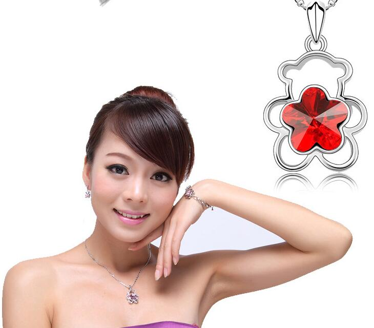 New Fashion Cute Bear Necklace Stainless Steel Crystal Flower Necklace Pendants(China (Mainland))