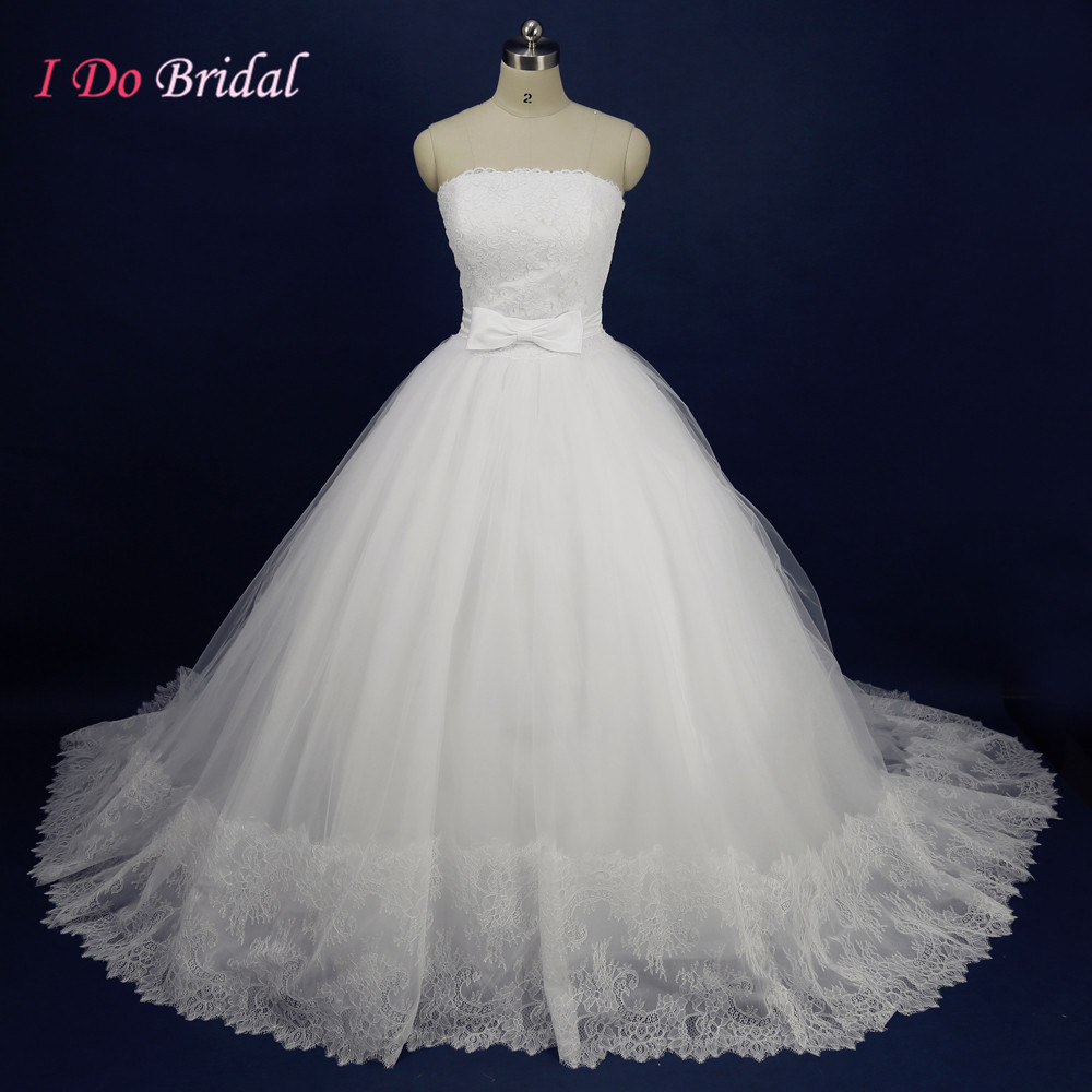Elegant Strapless Ball Gown Bridal Dresses Lace Puffy Tulle 2016 Wedding Gowns Civil Real Sample Bow Imported China R47(China (Mainland))