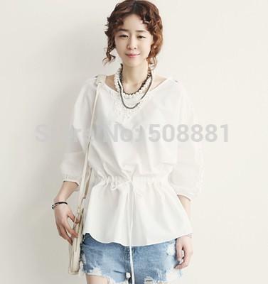2015 New Autumn Flower embroidery Cotton Vintage Cotton Plus Size Casual Shirts for Women Elegant Woman Top Blouse White,Black(China (Mainland))