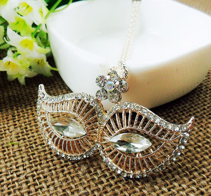 Fashion Women's Vintage Retro Style Charm Crystal Fox Flower Mask Pendant Statement Long Necklace Novelty Gift Sweater chain - Angel Shopping Mall store