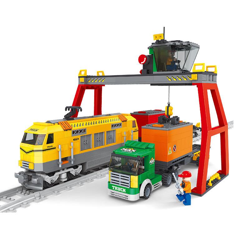 792pcs Super Large Train Building Blocks Compatible with lego train Truck/Railway/Crane Transport Education Bricks Kids Toy Gift(China (Mainland))