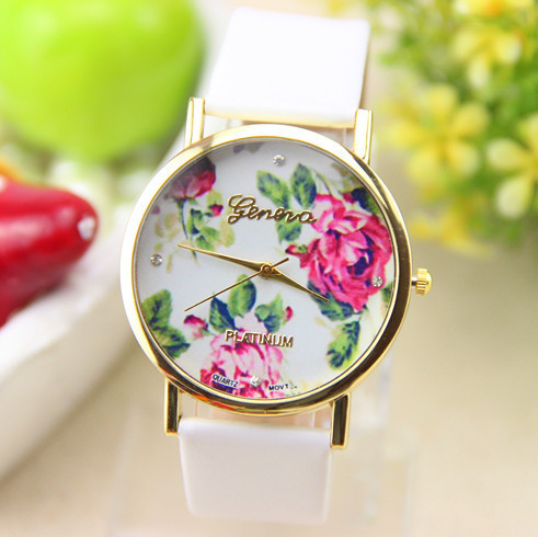 HOT Selling Ladies Leather Strap Watches Women Dress Watch Fashion Casual Watch Gift Free Shipping(China (Mainland))