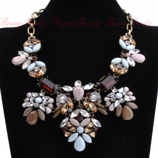 Exaggerate Women Big Brand Retro Jewelry Fashion Multicolor Crystal Resin Flower Bib Statement Vintage Necklaces(China (Mainland))