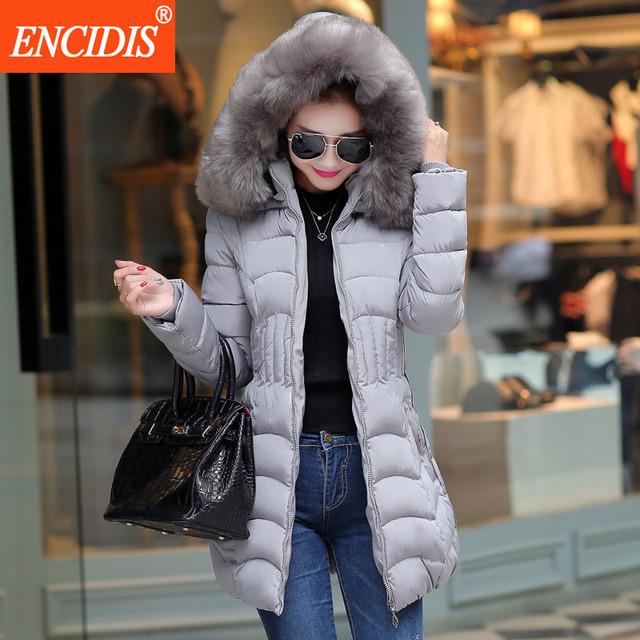 Плюс размер Женщины пальто Зима 2016 Новый Повелительницы Хлопка Мягкой Куртки Тонкий Женская Одежда Меховой воротник Парки Длинные пальто M42