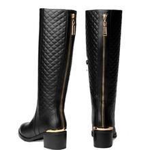 Envío libre sobre la rodilla natrual reales cuero genuino botas planas zapato de las mujeres nieve arranque en caliente tamaño EUR 35-42 de diseño vintage marca(China (Mainland))