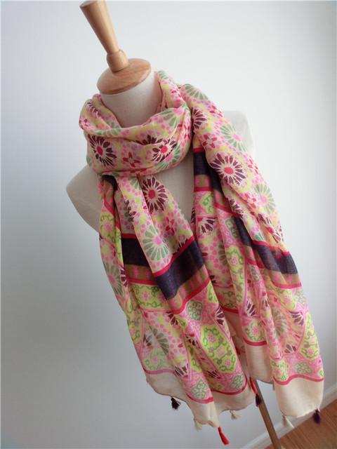 Этническая цветочные деревянные бусины бахромой хлопка и льна шарф сен женской линии негабаритных шаль солнцезащитный крем шарф бесплатная доставка