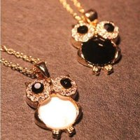 Lovely metal gold Crystal rhinestone chain jewelry accessories vintage retro  Owl Charm Pendant Necklace, Jewelry wholesale