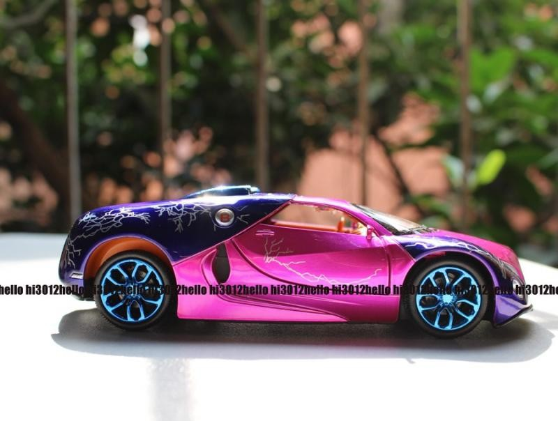 2015 New Style 1:32 Bugatti Model Car Pattern Diecast Car Toy Pink Red UH062(China (Mainland))