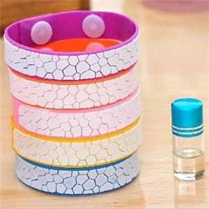 Fashion 2015 Popular natural cute Anti Mosquito Bug Repellent Bracelet/Wrist Band Natural No Insects(China (Mainland))