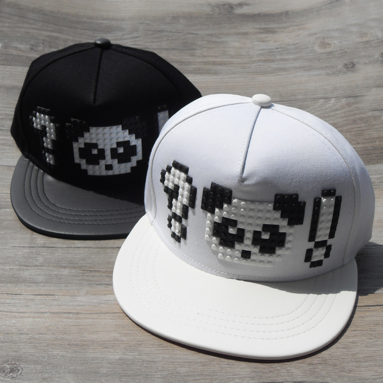 Interest in black and white panda letters lego stereo design hip-hop flat along the couple baseball hat chun xia men and women()
