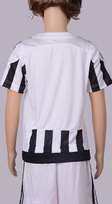 Brand New 2015 - 2016 Season Kids Children's Boys Girl's Soccer Jerseys Football Club Jerseys Design Suits Clothing Set(China (Mainland))