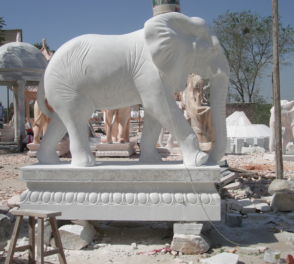 elephant statues for home customize size marble animal statues factory price small elephants. Black Bedroom Furniture Sets. Home Design Ideas