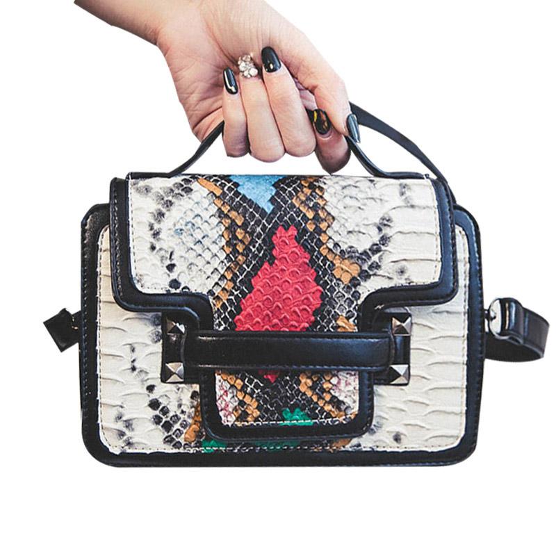 2016 European Fashion Ladies Women Messenger Bag PU Snake Leather Crossbody Bag Brand Designer Handbags High Quality for Younth(China (Mainland))