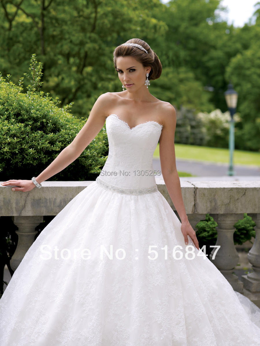 Hotting2014 new style elegant white ivory lace sweetheart for Ball gown wedding dresses with sweetheart neckline and beading