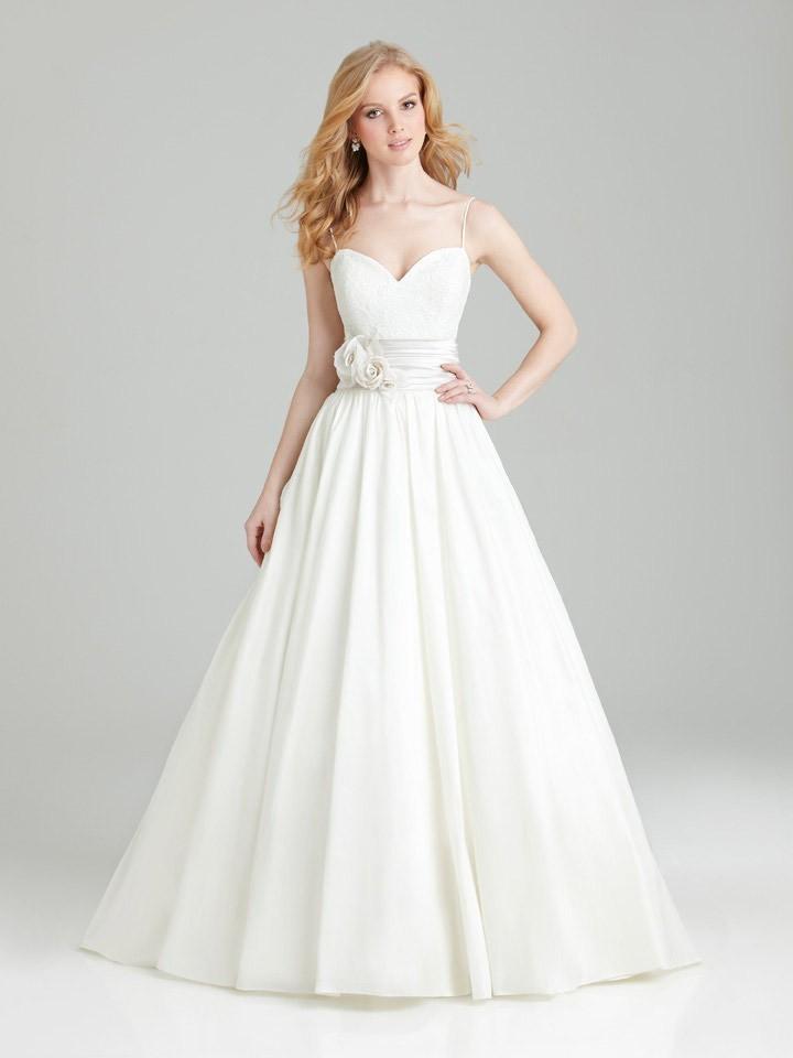 2015 vestido de novia backless sweetheart neckline lace for Spaghetti strap ball gown wedding dress