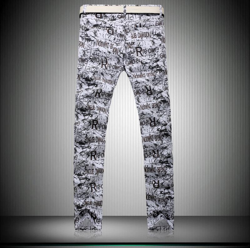 Скидки на Зима Мужчины Промывают водой печати поддельные дизайнер одежды Тонкие Прямые брюки Досуг мужские джинсы молния талии Отдыха G230