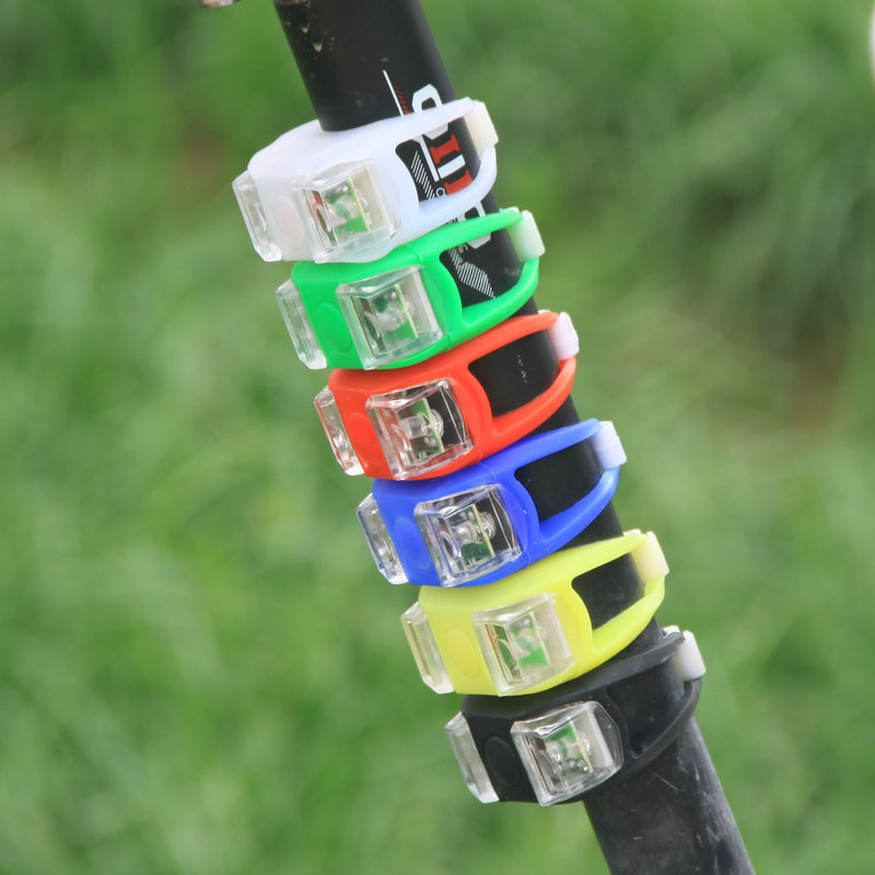 New 2015 Silicone LED Bike Cycling Light Front Tail Flash Lamp Bulb Waterproof Safety cheap(China (Mainland))