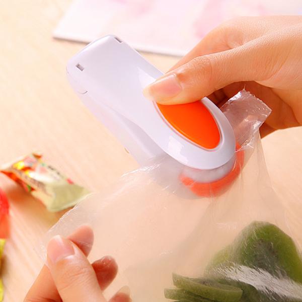 1 PCS Hot Sale Portable Mini Heat Sealing Machine Impulse Sealer Seal Packing Plastic Bag(China (Mainland))