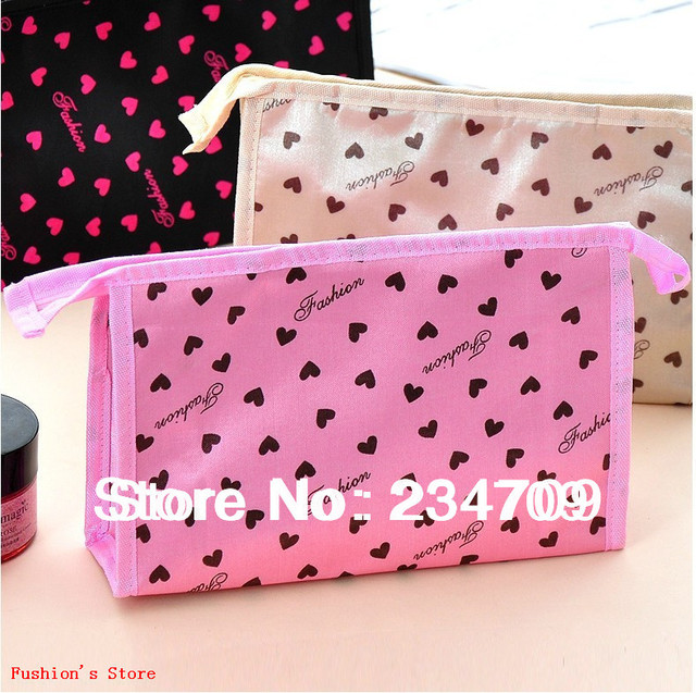 Free shipping,hot!lovely red heart,polyester women messenger bags,handbags,make upcasescosmetic bag&cases,make up bag,1 pcs/lot