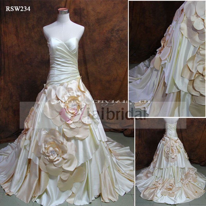 2 Tone Wedding Gowns : Rsw two tone wedding dress with big flowers skirt in